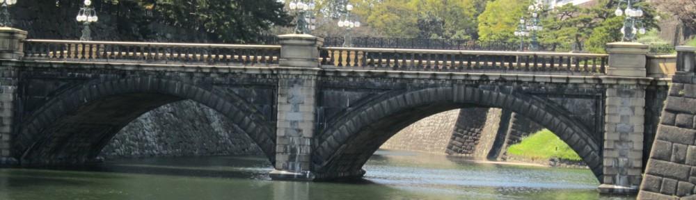 皇居二重橋(春)